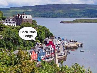 Location below Western Isles Hotel.