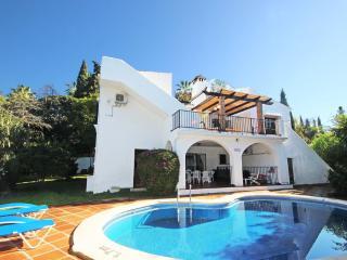 1834 - 5 bed Villa, El Rosario, Marbella