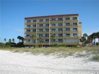 Madeira Beach 2 Bedroom 2 Bath Condo