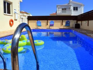 Villa Tia - 3 Bedroom Villa with Private Pool - Nissi Beach - DISCOUNTED!!