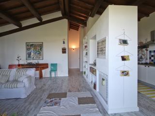 la casa delle ginestre, your home in Toscany, Pescia Romana