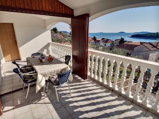 Paradise island apartment!, Prvic Luka