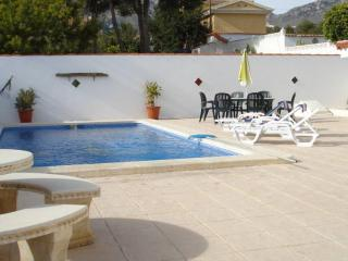 Villa Alcazar with private pool and sleeps 8, La Nucia