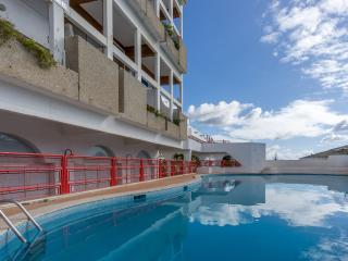 Watters Purple Apartment, Albufeira, Algarve