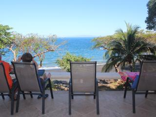 Bahia Pez Vela Beachfront Villa-Playa Ocotal (11)