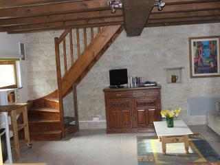 The Barn: one of 3 gites in pretty french village, Dampierre-sur-Boutonne