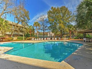 Remodeled 2BR Hilton Head Condo Near the Ocean!