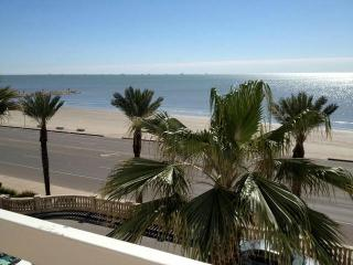 Galveston Beach Vacation Corporate Group Rental