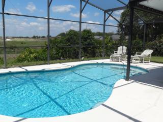 Ideal Family Vacation Villa, Davenport