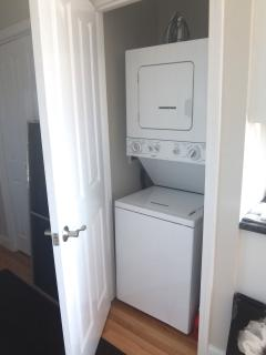 washer/dryer in unit
