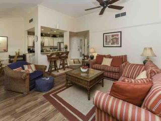 1 Minute walk to Pool & Beach!  Recently Remodeled & Updated. Perfect for a coup