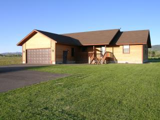 Teton Valley Vista (Large home/hot tub/WIFI), Driggs