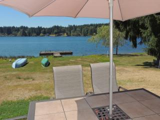 Waterfront House Whidbey Island WiFi-All Inclusive, Clinton