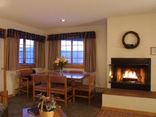 2 Bedroom Stowe Vermont Apartment