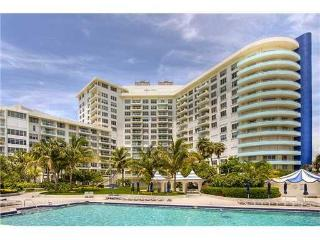 Beach Front Condo - 1/1.5 on the 16 floor, Miami Beach