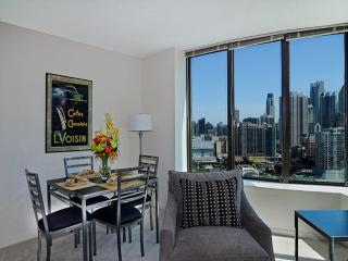 LUXURIOUS AND FURNISHED 1 BEDROOM APARTMENT IN CHICAGO, Chicago