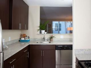 BEAUTIFUL AND MODERN 2 BEDROOM, 2 BATHROOM APARTMENT, Mountain View