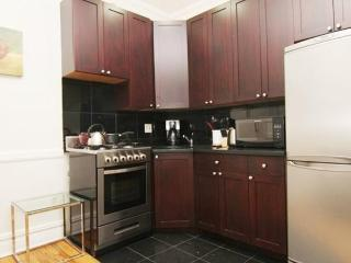 REMARKABLY FURNISHED 2 BEDROOM APARTMENT IN NEW YORK, New York City