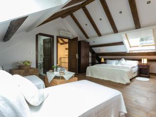 Villa Anica-Deluxe bedroom near Dubrovnik Old Town