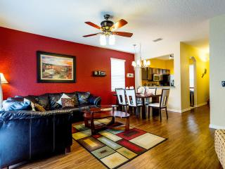 Fall Special $125/night - Book Now!, Davenport