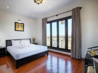 Deluxe Double room with River view-1 Double bed- balcony