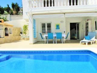 Seaside Villa & Private heated swimming pool 200m. to Sea 1.2kms to Peniscola