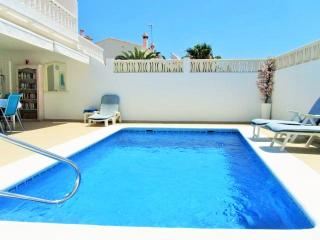Pool- side solar heated shower ,sunbeds x 6,Bbq,dining table ,two 5m.roll out sunblinds.