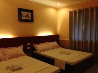 Great Room for 4 in Cebu!, Oslob
