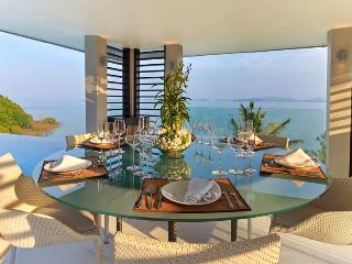 Luxury Ocean front Villa with infinity Pool, Thalang District