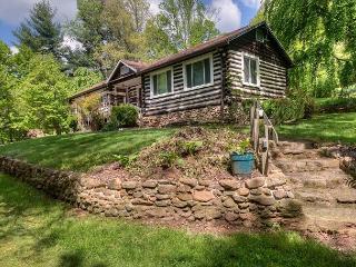 Granny & Pa's Cabin, Black Mountain