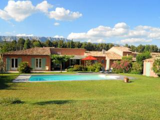 Rousset, Villa 8p. 30 km to Aix-en-Provence, private pool