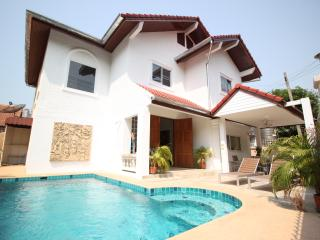 Naklua 4 Bedroom Pool Villa, Pattaya