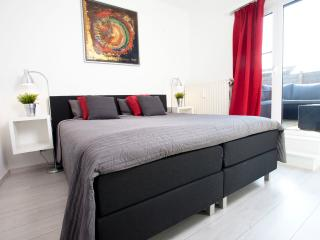 Lovely apartment near Centre&EXPO+ Free parking, Antwerp