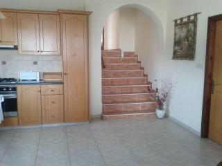 2 BEDROOMS AVAILABLE IN SPACIOUS 3BED INC SEAVIEWS, Chlorakas