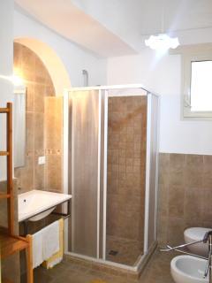Bathroom.  Salento Guesthouse B&B
