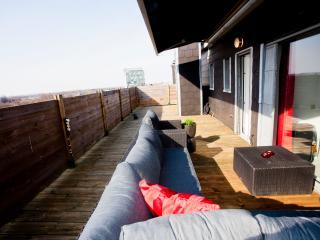 Lovely apartment near Centre & EXPO Antwerp+ free private parking in garage