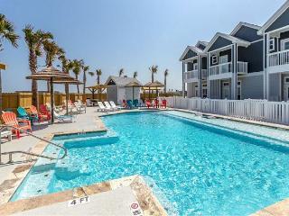 Brand-New 4BR Townhome w/ Ocean Views - Walk to Beach