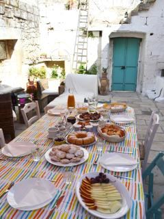 breakfast at Salento Guesthouse