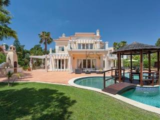 Unique 5 Bedroom Villa with NEW Games Room, Quinta do Lago