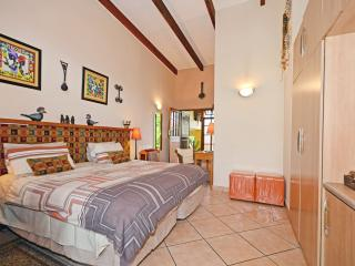 Cherry Tree Cottage B&B Imvula - Rain Room 1, Randburg