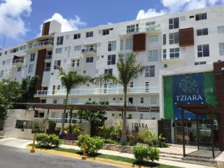 The Best Location in Downtown Cancun near t beach!