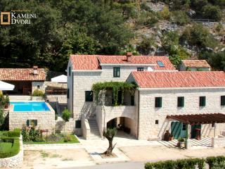 Villa Kameni Dvori - Holiday Village Dubrovnik
