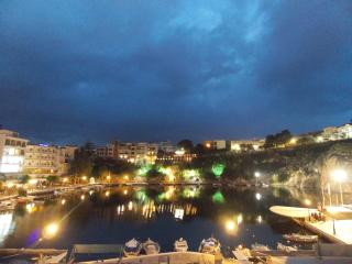 Lake-view apartment for 4 guests, Agios Nikolaos