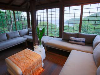 Mampoo House - Luxury Vacation Rental by the beach, Cruz Bay