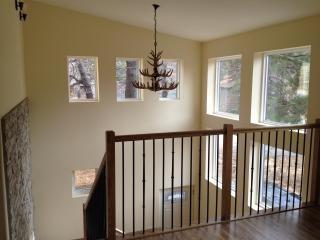 New Modern Home Near Village & Slopes, Big Bear Lake