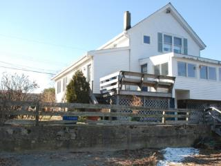 Cedar Cove Cottage: Overlook Unit, Portsmouth