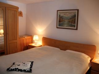 double room Bohinj, garden view, shared bathroom