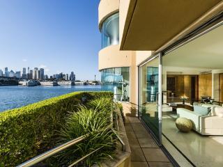 Sydney Harbour Apartment, McMahons Point
