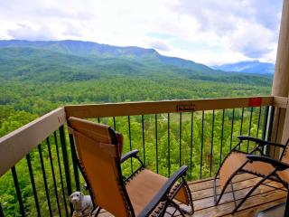 Above Par Condo - Luxury - Views - Value, Gatlinburg