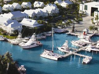 Coral Lagoon Resort Villas & Marina